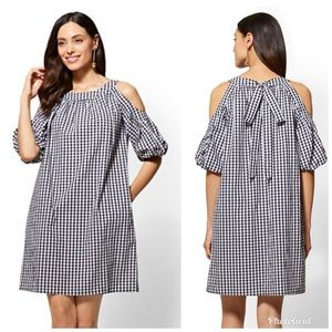 NY&CO Gingham Cold Shoulder Shift Dress Women Med